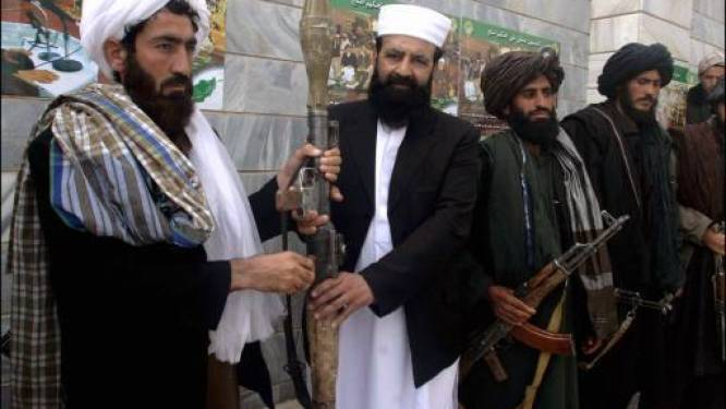 Taliban stenigen overspelig koppel