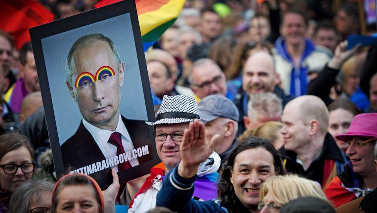 Het COC organiseerde in april een demonstratie tegen de Russische president Vladimir Poetin in Amsterdam. Beeld ANP