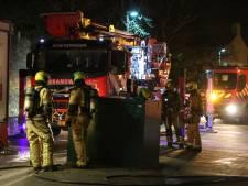 Melding wateroverlast blijkt brand te zijn: zeven woningen ontruimd en bewoner naar ziekenhuis