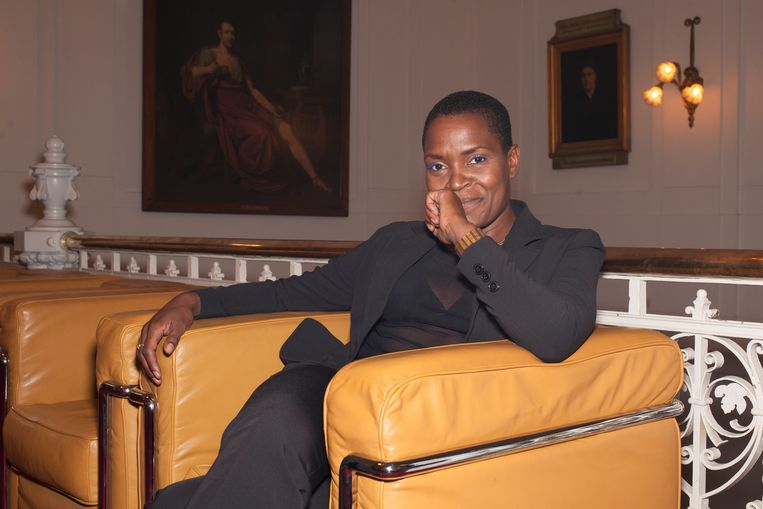 Romana Vrede: 'Theatermaken is soms een soort toveren.' Beeld Daniel Cohen
