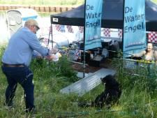 Vlotreis voor opknappen van boot de Waterengel voor ouderenreisjes nu al succesvol