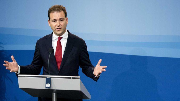 Vicepremier Lodewijk Asscher tijdens een persconferentie na afloop van de ministerraad. Beeld anp