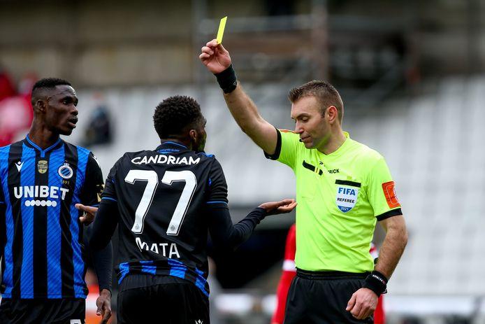 Clinton Mata kreeg tegen Antwerp één van z'n vier gele kaarten.