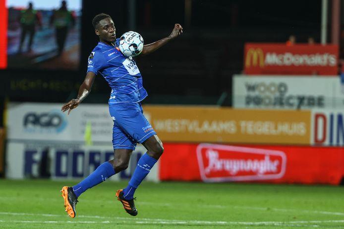 Joseph Okumu in actie tijdens de 1-0-nederlaag in Kortrijk.