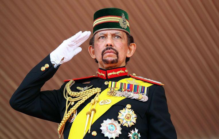 Sultan Hassanal Bolkiah, een van de rijkste mensen ter wereld, kreeg in 1998 bij zijn staatsbezoek aan Duitsland het Grootkruis van Verdienste. Foto uit 2014.