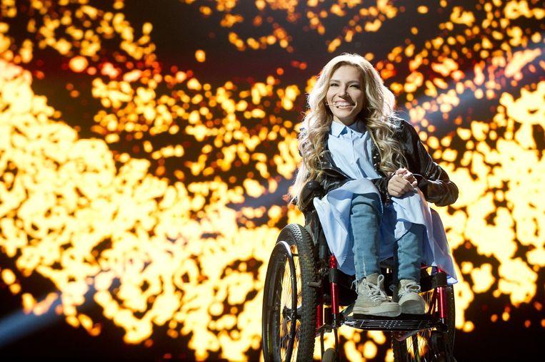 De  27-jarige Russin Julia Samojlova, gaf na de bezetting van de Krim daar een concert. Ze mag daarom Oekraïne niet in.  Beeld EPA