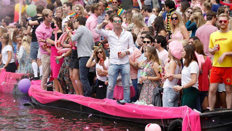 De botenparade is het hoogtepunt van Pride Amsterdam. Beeld anp