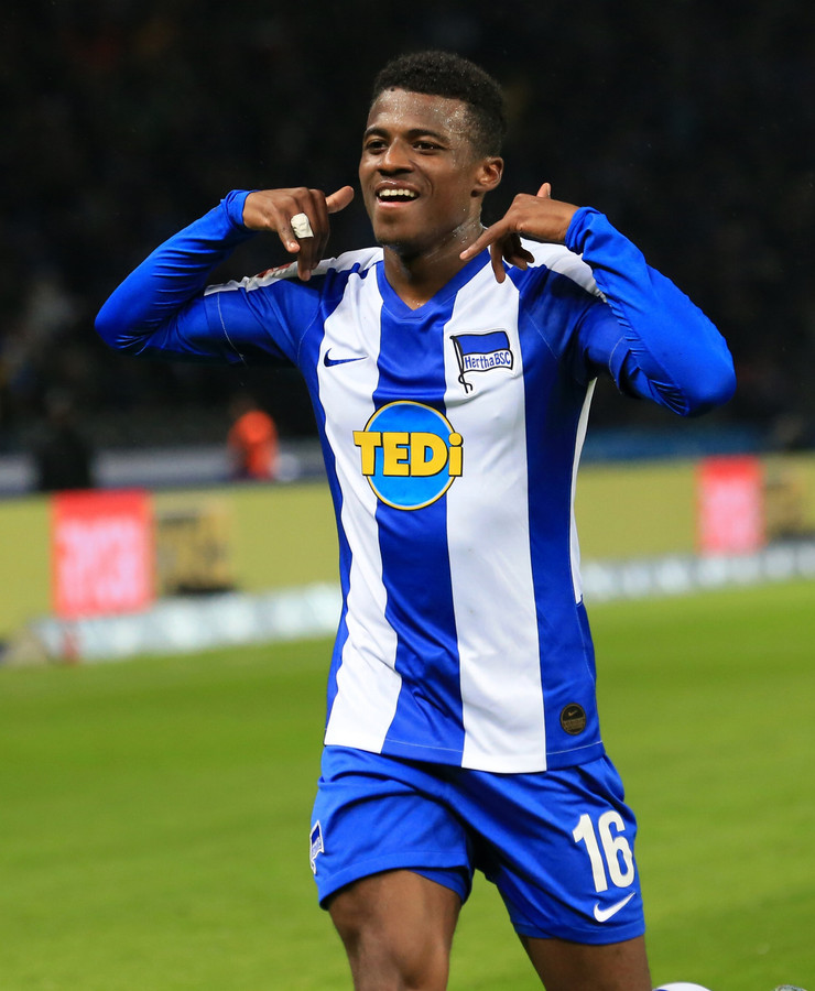 Javairô Dilrosun na een doelpunt voor Hertha BSC.
