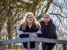 Laatste redmiddel voor zieke Nicolien (28) uit De Lier is crowdfunding: 'Alsjeblieft, ik weet me geen raad'