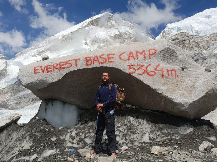 Anton bereikte vandaag het Everest Base Camp op 5364 meter hoogte.