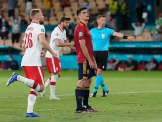 Wéér geen zege: Spanje bijt, onder meer na penaltymisser, nu ook z'n tanden stuk op Polen en moet vol aan de bak op slotspeeldag