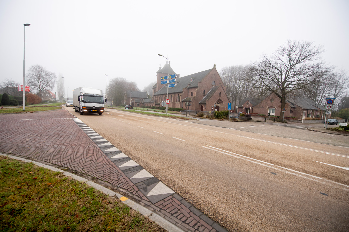De rondweg in Marienheem komt er nadat de minister besluit om geld te investeren in de Rijksweg N35. Plaatselijk Belang is hier heel blij mee.