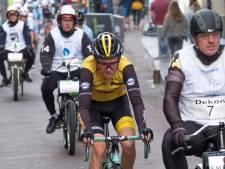 Wielerronde is weer een 'ouderwets rondje' door de straten van Zierikzee