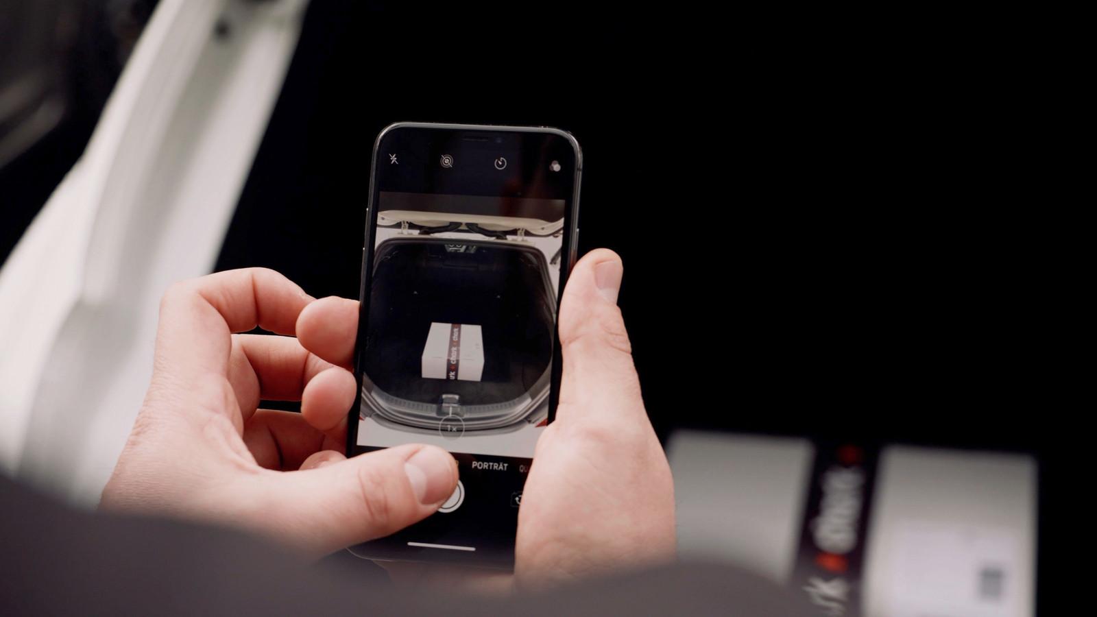 Chark werkt via een mobiele app.