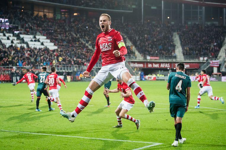 Teun Koopmeiners gaat uit zijn dak na de 1-0 tegen Ajax. Beeld ANP Sport