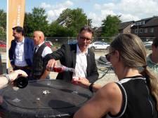 Champagnekurken knallen bij officiële start nieuwbouw Madame Curiehof in Terneuzen