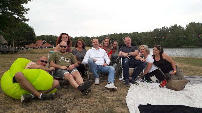 Wim, Fransesco, Rolf, Maurice, Sandra, Sharon, Josephien, Sylvia, Linda, Charlotte en Daniëlle