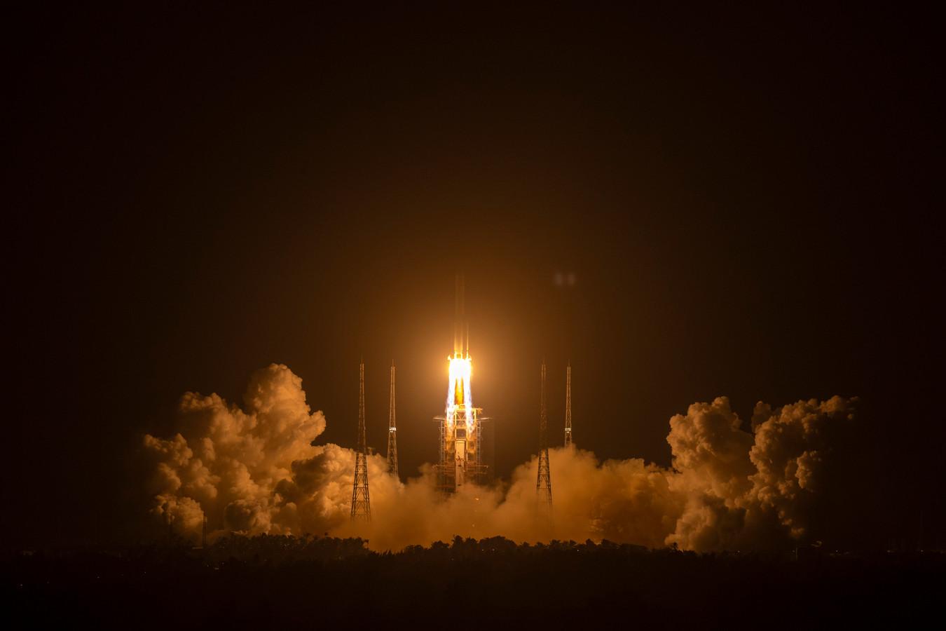 De verkenner werd op 24 november vanuit China richting de maan geschoten.