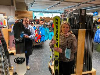 """Skiwinkel Sportina ziet zwarte sneeuw: """"Normaal drukste periode van het jaar, nu is het hier doods"""""""