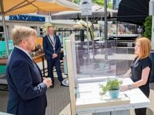 Staat ineens de koning naast je op het terras in hartje Apeldoorn: 'Memorabel'