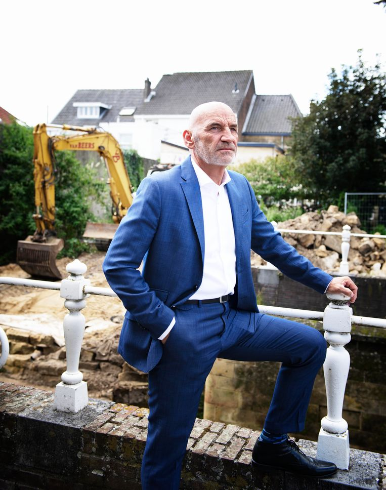 Burgemeester Daan Prevoo van Valkenburg, na de watersnoodramp Beeld Kiki Groot