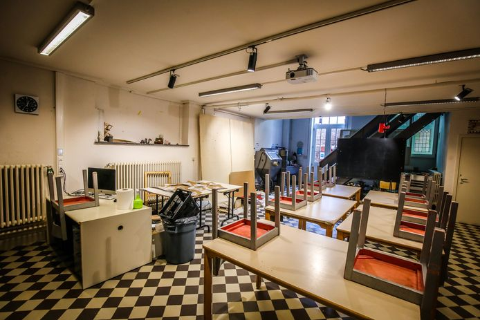 Een vleugel van de academie wordt gerenoveerd: De verouderde klaslokalen