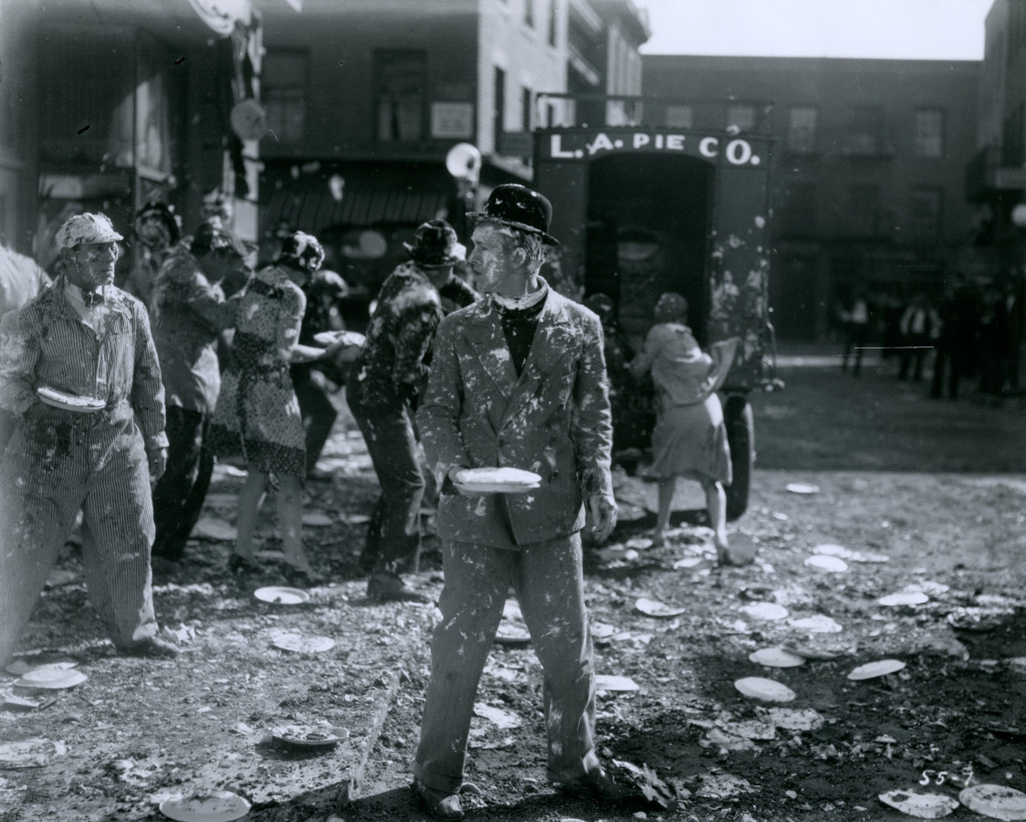 Taartengevecht in 'Battle of the Century', film uit 1927 met Laurel & Hardy. Te zien op Silent Film Festival.