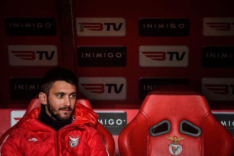 De Argentijn Facundo Ferreyra op de bank van Benfica.