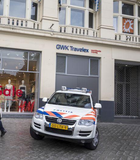 Pays-Bas: évacuation d'un studio lié au journaliste attaqué Peter R. de Vries