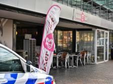 Overval op Bakker Bart aan Nieuwe Markt in Roosendaal, dader gevlucht met buit