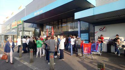 Personeel houdt Carrefour dicht