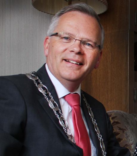 Jan Luteijn waarnemend burgemeester van Geertruidenberg