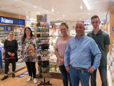 Beroemdste visboer van Apeldoorn brengt nu boeken aan de man in Nunspeet: 'Dit voelt als vakantiewerk'