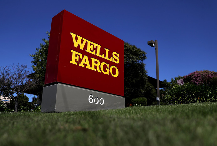Een bord van Wells Fargo in Californië