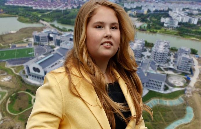 Of Amalia daadwerkelijk in China haar middelbare schoolopleiding gaat voltooien, is onbekend. Op de achtergrond het campusterrein in Changshu.