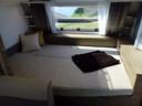 De loungebank in de tienerkamer laat zich in een handomdraai ombouwen tot tweepersoons bed