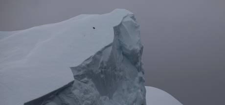 Grootste ijsberg ter wereld scheurt af van Antarctica