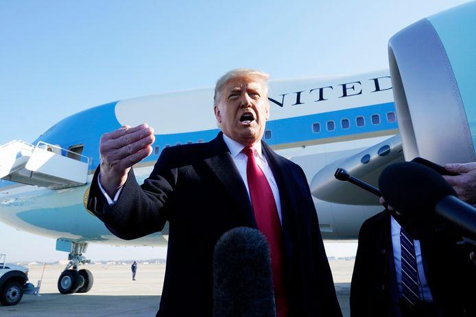Donald Trump s'exprimait ce mardi devant des journalistes avant son départ pour Alamo, dans le sud du Texas.