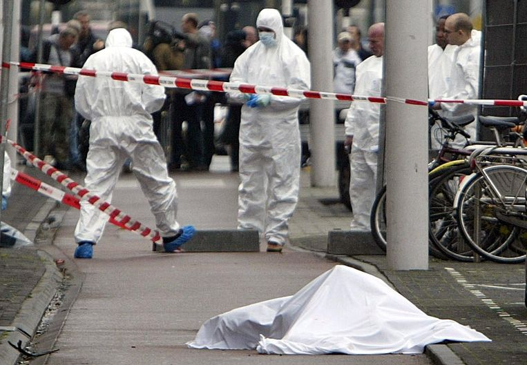 Theo van Gogh: Nederlandse filmmaker vermoord, 2 november 2004 Beeld reuters
