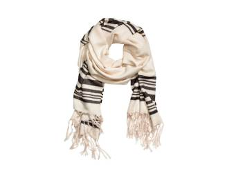 H&M in opspraak op Twitter door deze sjaal