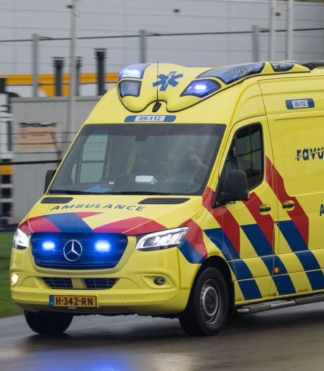 Man overlijdt bij ongeluk met laadklep vrachtwagen bij distributiecentrum Jumbo