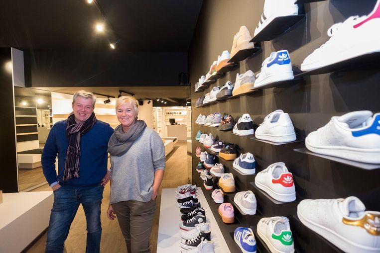 4b1724396a3 Schoten Schoenen Torfs in de Paalstraat opent dit weekend opnieuw de deuren  na een maand renovatiewerken. Paul Torfs (49), achterneef van CEO Wouter  Torfs,.