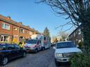 Groot politieonderzoek maandag bij een woning aan de Krokusstraat in 's-Heerenberg.