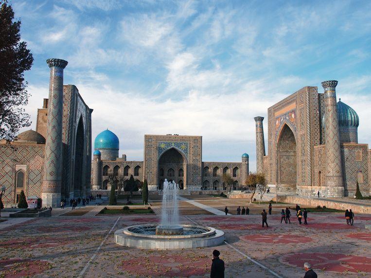 De Oezbeekse oasestad Samarkand werd door de Unesco tot werelderfgoed uitgeroepen. Beeld rv Erika Fatland