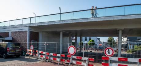 Wéér is het mis met de Julianabrug: 'Het is een rampbrug, het is één grote klucht'