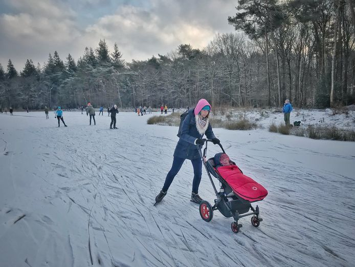 In de laatste week van februari ging Nederland massaal het ijs op.