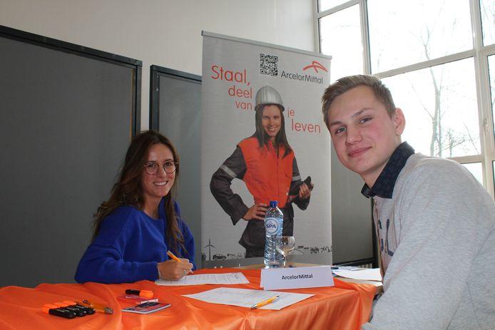 Van Hecke uit het zesde jaar Elektrische Installaties solliciteerde bij onder andere ArcelorMittal.