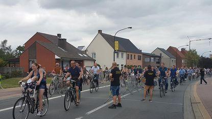 Vlimmeren heeft wereldrecord langste rijdende fietsenketting
