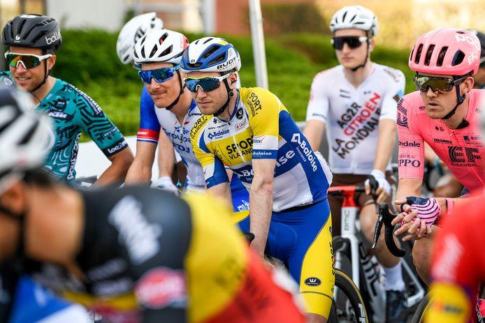 Thomas Sprengers, op dit beeld bij de start van Dwars door Vlaanderen, debuteerde zeven jaar geleden in de Waalse Pijl met een 28ste plaats.