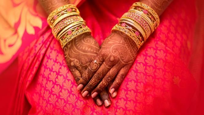 Indiase bruid sterft tijdens huwelijksceremonie, bruidegom voltooit ceremonie met haar zus